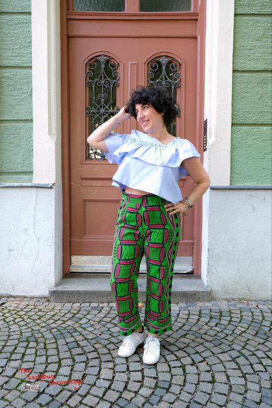 The Ladybug Chronicles Munich green wax (3)